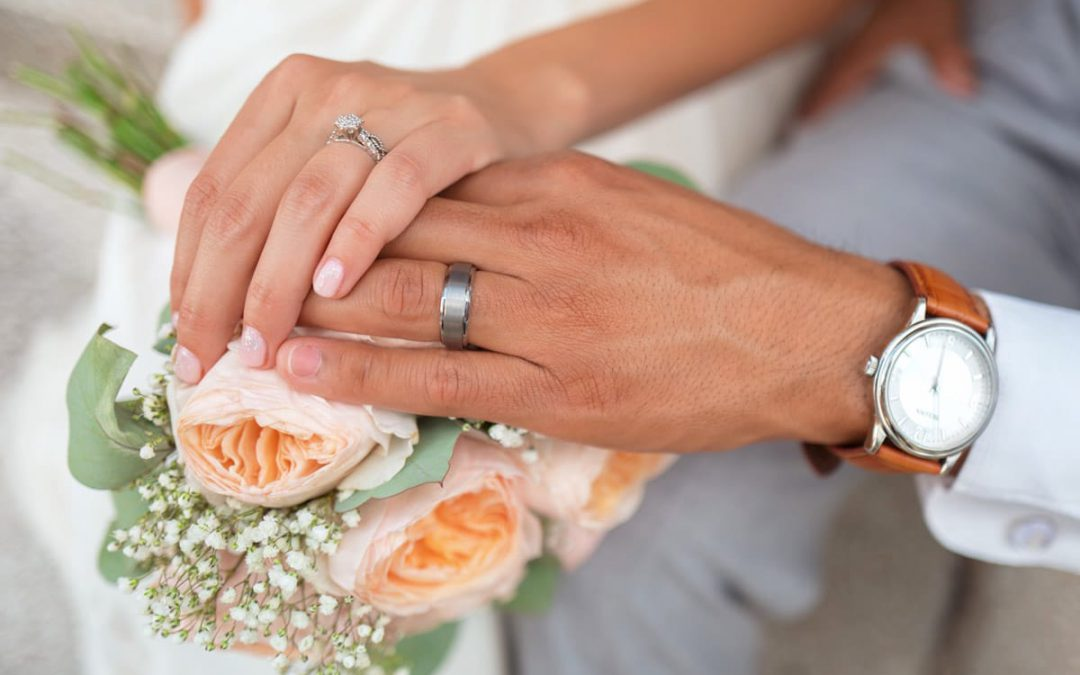 Is a marriage without getting into debt possible?