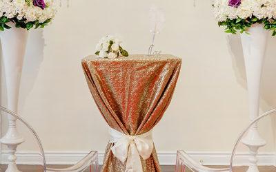 Mariage civil à Montréal célébré sous notre magnifique arche de mariage
